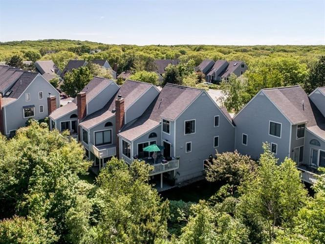28 Quarry Ridge Lane, Rockport, MA 01966