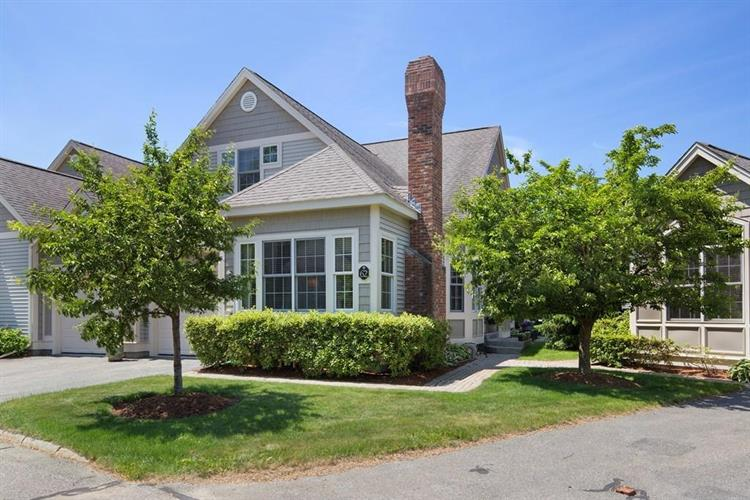 62 Charles Court, Southborough, MA 01772