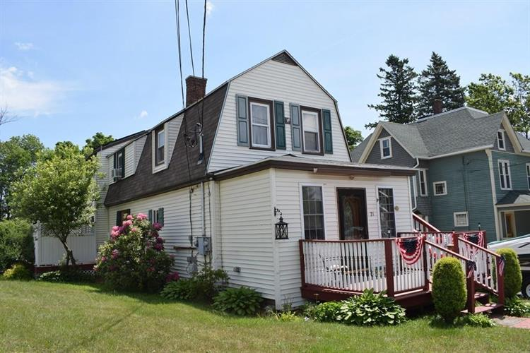21 Maple Ave, Rutland, MA 01543