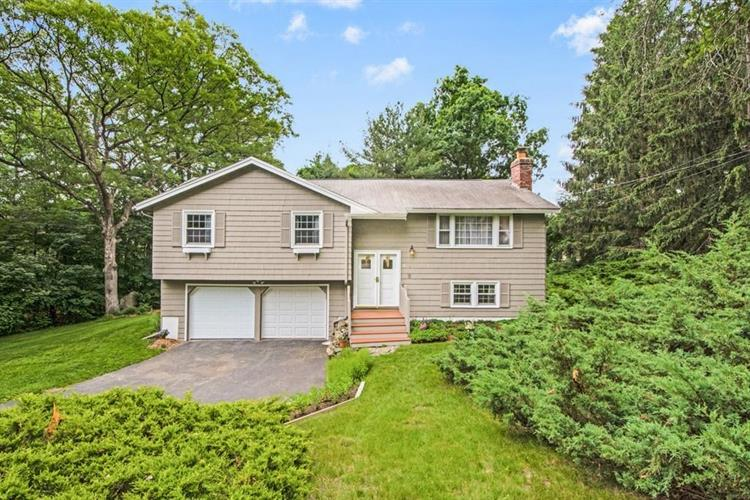 16 Pond View Drive, Acton, MA 01720