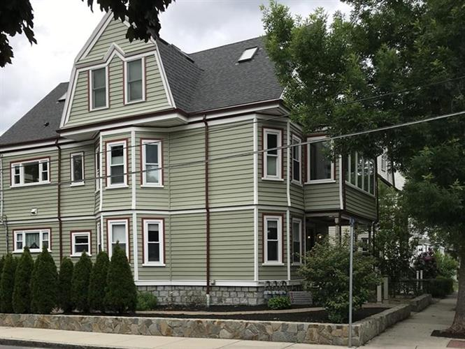 210 Willow Ave, Somerville, MA 02144