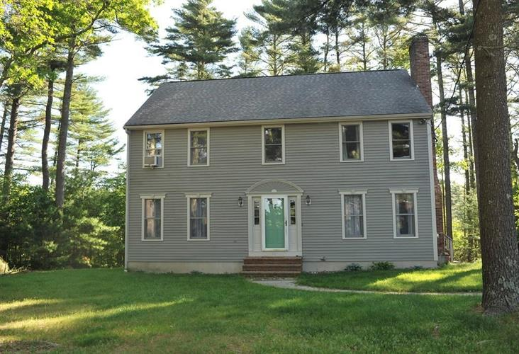 98 Knotty Pines Ln, Plymouth, MA 02360