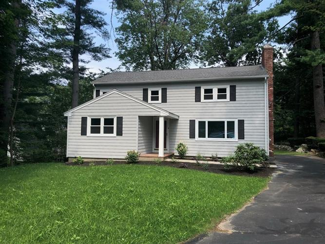 8 Scout Hill Lane, Reading, MA 01867