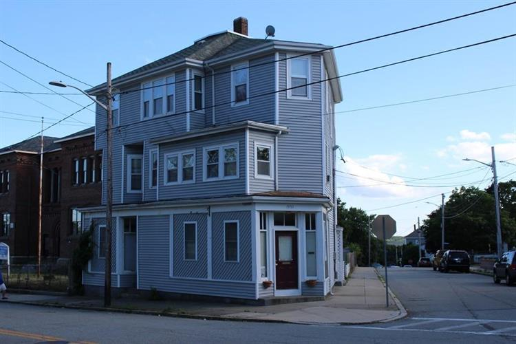 1951 Pleasant St, Fall River, MA 02723
