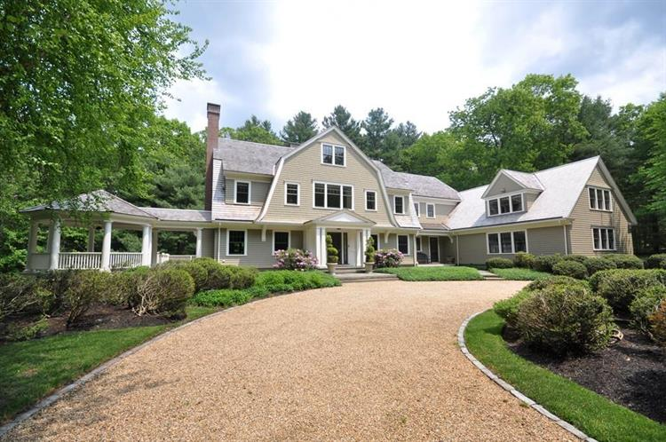 350 Simon Willard Rd, Concord, MA 01742