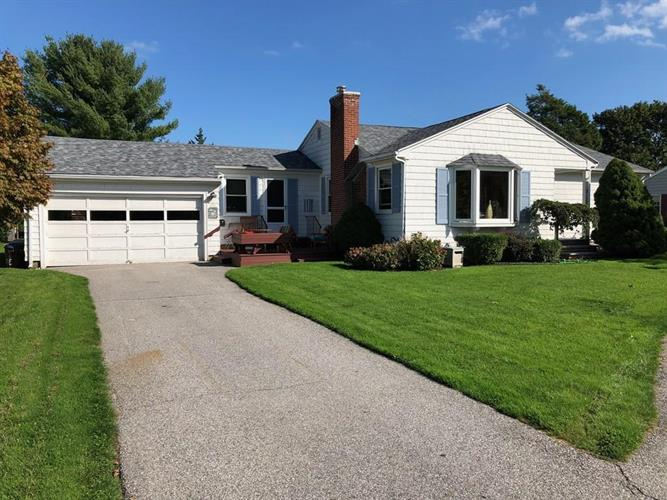 73 Maple Ave., Swansea, MA 02777