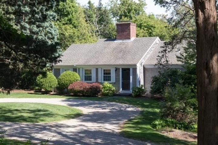 215 Sesuit Neck Road, Dennis, MA 02641