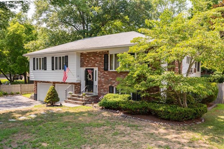 1501 Furnace Brook Pkwy, Quincy, MA 02169