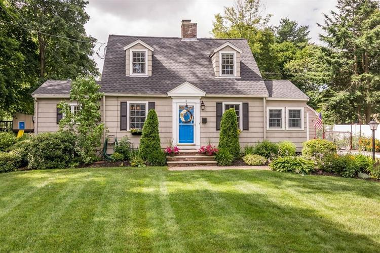 8 HIGH PLAIN ROAD, Andover, MA 01810