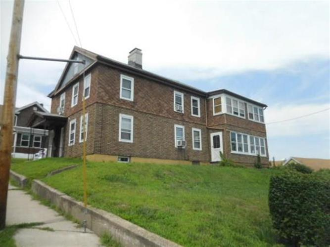 43 Pearl St, Chicopee, MA 01013 - Image 1
