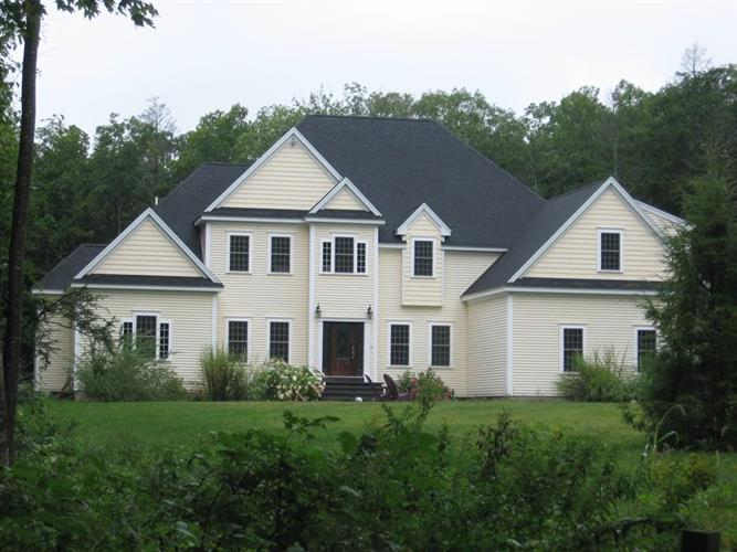 97 McGilpin Road, Sturbridge, MA 01566