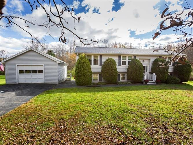 12 Forest Rd, Salisbury, MA 01952 - Image 1