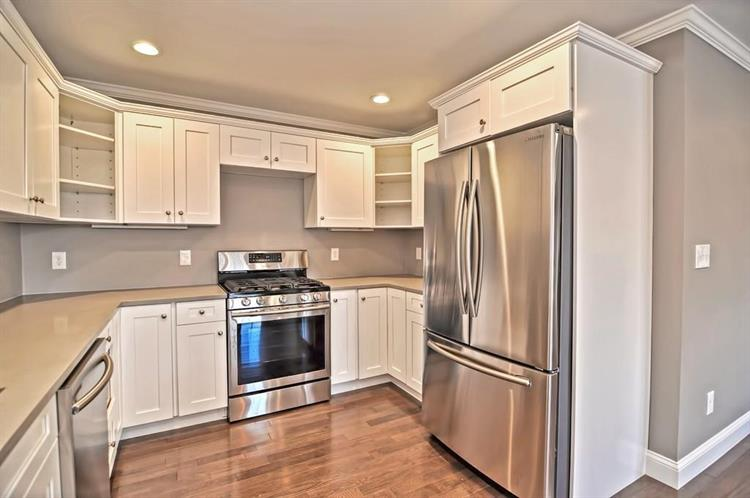 112 Alpine Place, Franklin, MA 02038 - Image 1