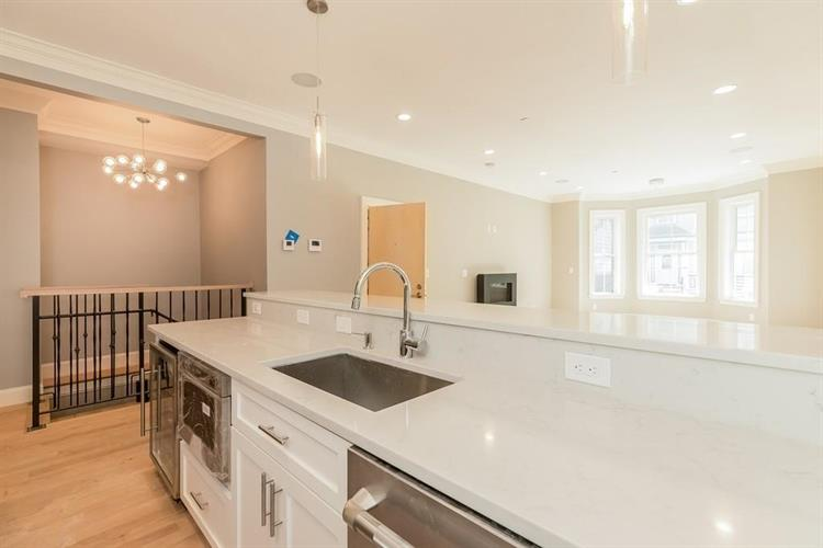 658 East 7th Street, Boston, MA 02127 - Image 1