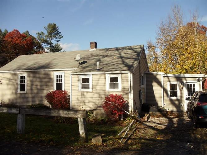 692 Mill St, Marion, MA 02738
