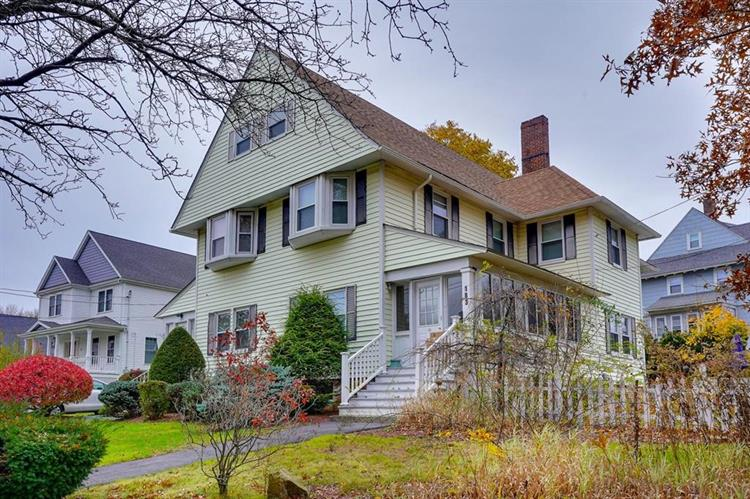 183 Dutcher St, Hopedale, MA 01747