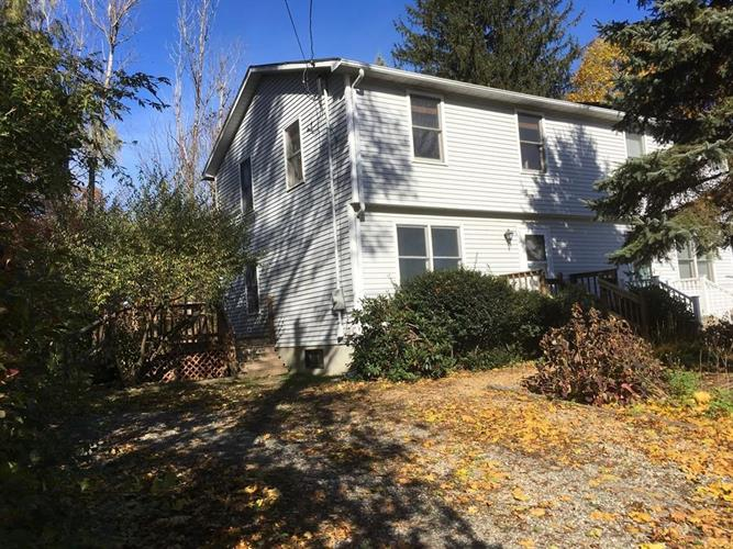 40 Narragansett Ave, Worcester, MA 01607 - Image 1