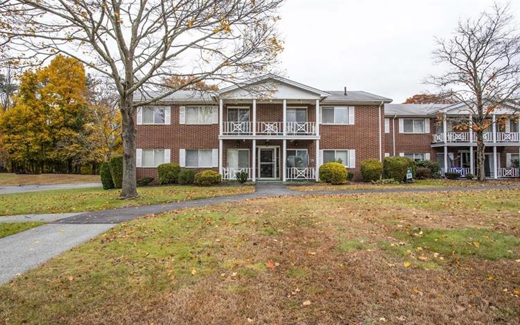 19 Bayberry Dr, Sharon, MA 02067