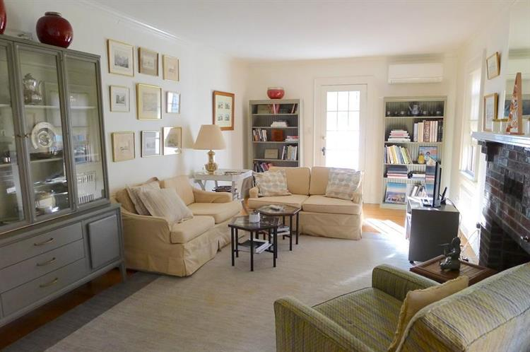 226 Bonad Road, Brookline, MA 02467
