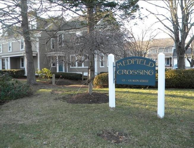 435 Main St, Medfield, MA 02052 - Image 1