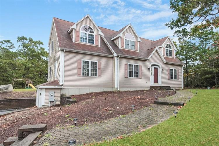 7 Pleasant Harbour Road, Plymouth, MA 02360 - Image 1