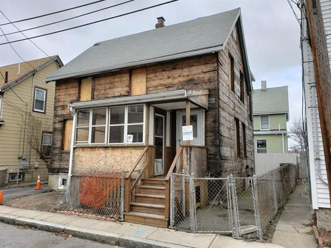 21 Henderson St, Somerville, MA 02145 - Image 1