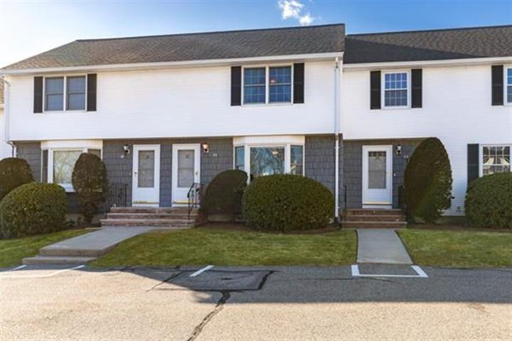22 Christopher Dr, Methuen, MA 01844 - Image 1