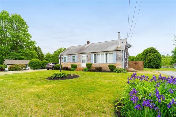 680 Russells Mills Rd, Dartmouth, MA 02748 - Image 1