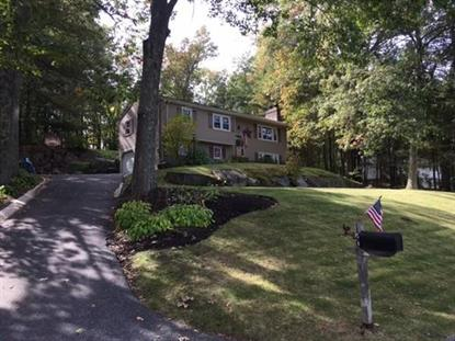 120 Ivy Ln , Whitinsville, MA