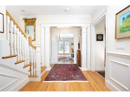 12 Ridgehurst Cir , Weston, MA