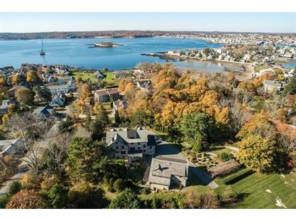 10 Grapevine Rd , Gloucester, MA