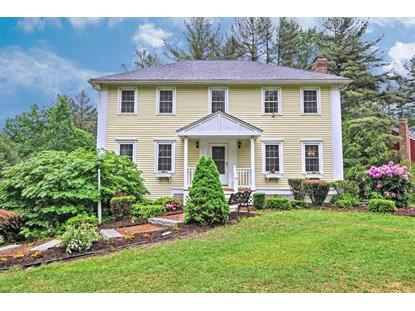 2 Saint James Pl , Townsend, MA