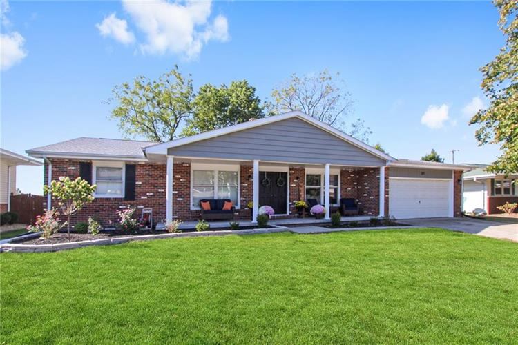 321 Linden Lane, Mattoon, IL 61938 - Image 1