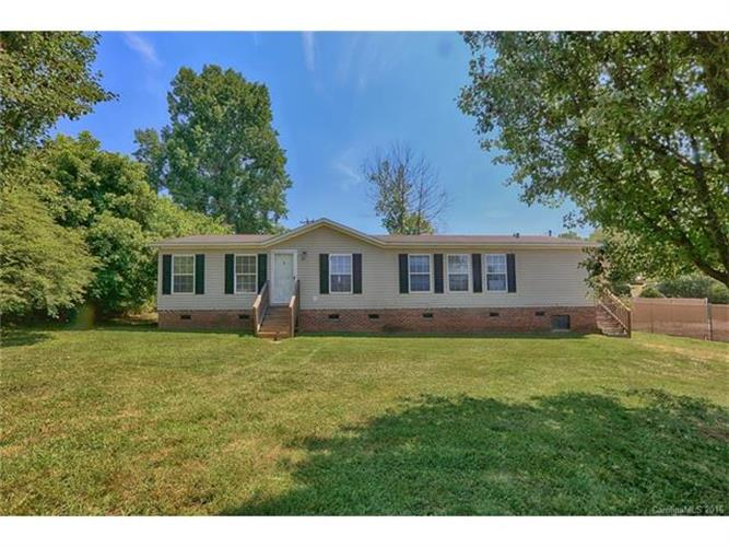 104 Thompkins Street, High Shoals, NC 28077