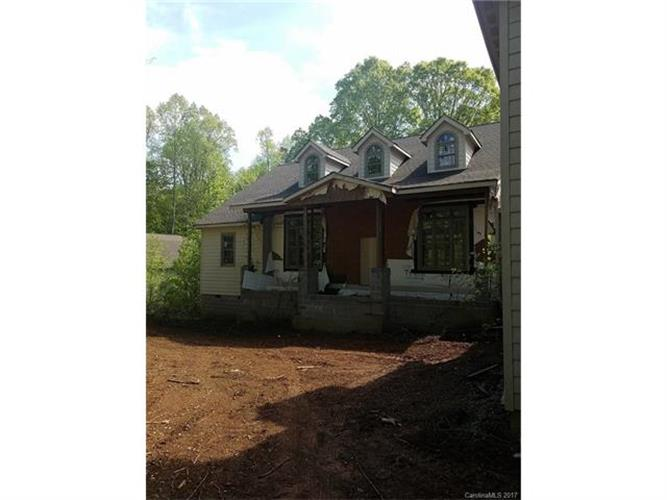 1761 Timber Run Drive, Iron Station, NC 28080