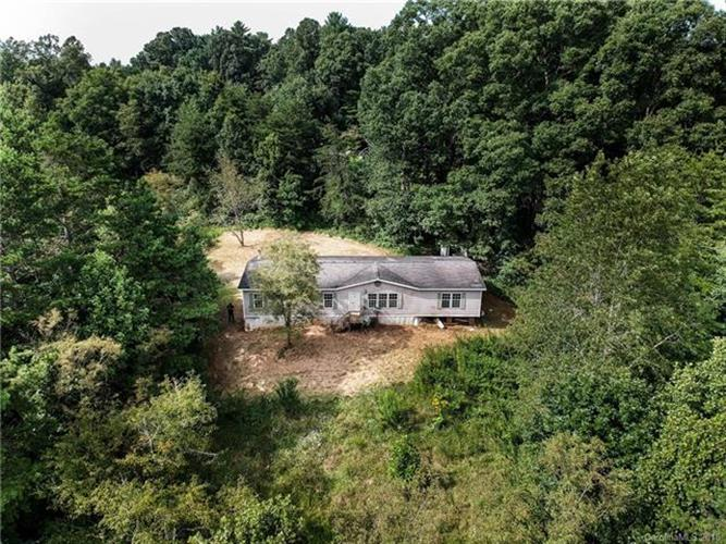 180 Forge Creek Lane, Weaverville, NC 28787