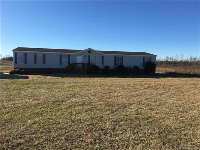 254 Silk And Tassel Row, Cleveland, NC 27013