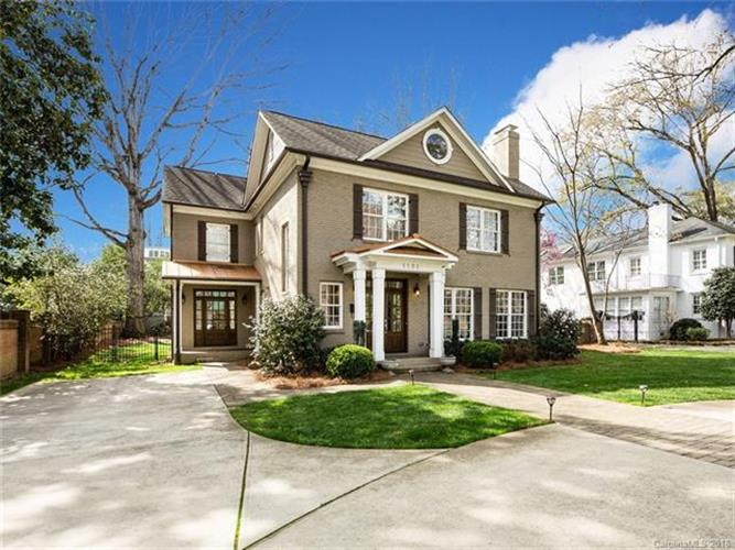 1132 Providence Road, Charlotte, NC 28207