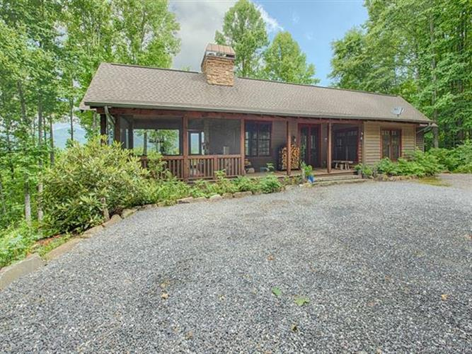 9 Brow Log Way, Sylva, NC 28779