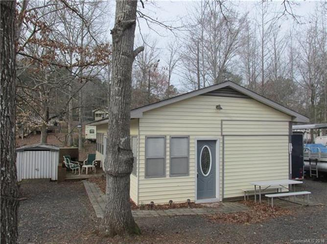 117 Twin Bluff Trail, Mount Gilead, NC 27306