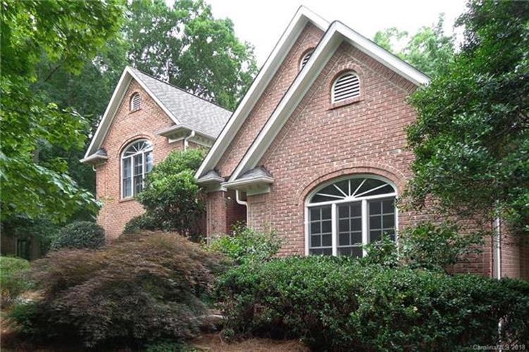 6033 Summerston Place, Charlotte, NC 28277