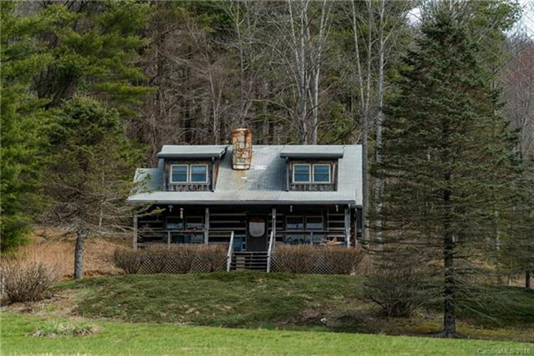 823 Clear Creek Road, Burnsville, NC 28714