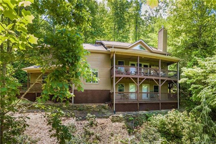 305 Henry Dingus Way, Maggie Valley, NC 28751