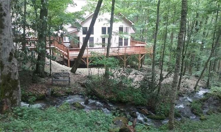 40 Candlemaker Trail, Maggie Valley, NC 28751