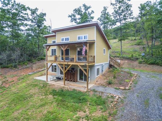 10 Circle Drive, Black Mountain, NC 28711