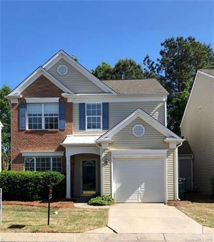 15432 Abbots Bridge Road, Charlotte, NC 28277