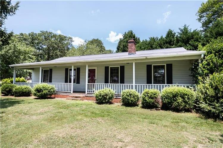 3260 Lee Lawing Road, Lincolnton, NC 28092