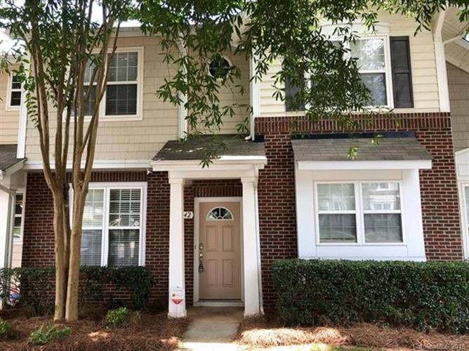 8242 Chaceview Court, Charlotte, NC 28269