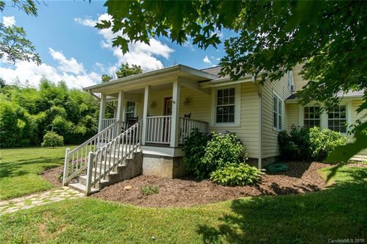 536 New Haw Creek Road, Asheville, NC 28805
