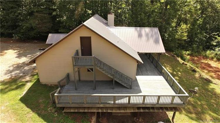 563 Big Oak Springs Road, Sylva, NC 28779